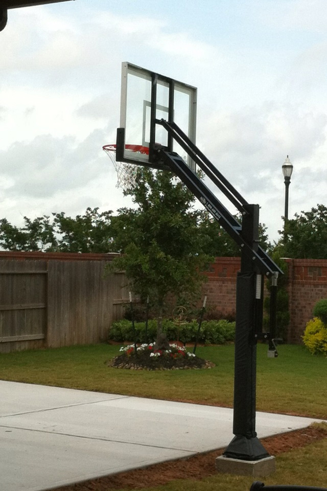 Pro dunk silver basketball system for Built in basketball court